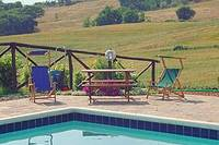 Vacation in Tuscany garden Swimming pool with idromassage
