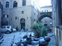 apartment rental close to Piazza Della Signoria