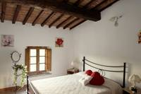 Accommodation in apartment for holiday Tuscan San Gimignano Siena Italy