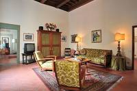 Apartment rental Florence Piazza Pitti Italy