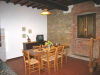 b)apartment Tuscany Montaione Florence